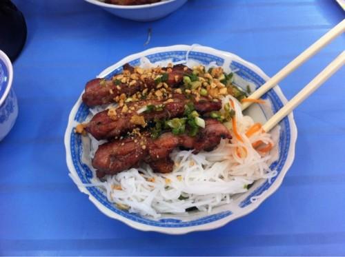 Chi Thong - Bún Thịt Nướng